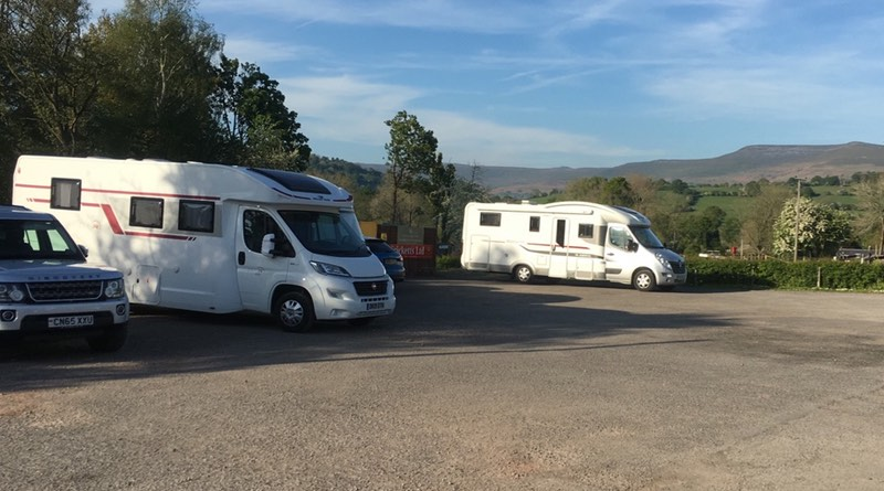 Coach and Horses Llangynidr, South Wales motorhome parking